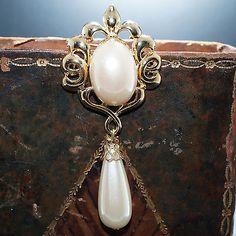1970 ´s Vintage Brosche Perle Anstecknadel Perlenbrosche vergoldet