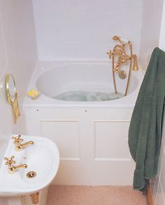 The-Bekko-Bath-Compact-Range-Japanese-Deep-Soaking-Tub-FREE-7-Colour-Light-Kit