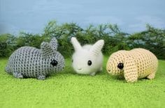 free pattern- 'Baby Bunnies', this pattern includes THREE VERSIONS for: Dwarf, Angora & Lop-Earred Bunnies! too cute for the wee ones in your life!