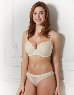 Deco Darling BraCalling all blushing brides! This simple set with a touch of elegance allows you to bring your favourite Deco to the wedding party in a classic ivory colour. Also available in beautiful blush pink lining with rose detail overlay making this a gorgeous set for any lingerie drawer.