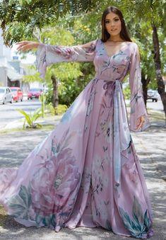 Modest Fashion Hijab, Indian Fashion Dresses, Fashion Outfits, Stylish Dress Designs, Stylish Dresses, Casual Dresses, Chiffon Maxi Dress, Floral Maxi Dress, Designer Party Wear Dresses