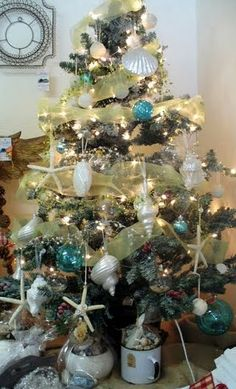A Sea Inspired Chirstmas Tree in a Santa Cruz cottage