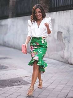 Wedding planner outfit style moda 32 new ideas Mode Outfits, Skirt Outfits, Dress Skirt, Ruffle Skirt, Ruffles Bag, Shirt Skirt, Mode Inspiration, Wedding Inspiration, Mode Style