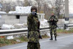 Ucraina, sale a 12 vittime bilancio bombardamento autobus a est - Yahoo Notizie Italia