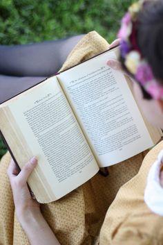 Bookaholic. Read. Books R Us