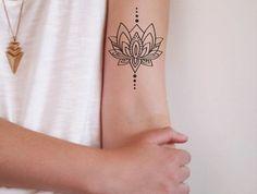 Fleur de lotus signification tatouage mandala femme lotus