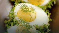 Jajka z rzeżuchą Polish Easter, Sushi, Food And Drink, Eggs, Impreza, Breakfast, Ethnic Recipes, Food Ideas, Fit