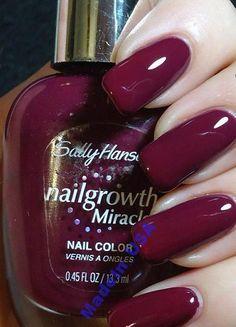 Sally Hansen Miracle Nailgrowth Lakier Perfect Plu