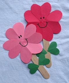 Kids crafts hearts, Spring and Valentine's Day Crafts for Kids Kids Crafts, Valentine Crafts For Kids, Daycare Crafts, Sunday School Crafts, Mothers Day Crafts, Craft Stick Crafts, Toddler Crafts, Holiday Crafts, Paper Crafts