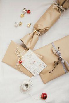 Helena La Petite: Happy 4. Advent / Wrapping Presents