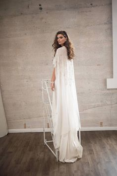 Brave Bride Wedding Dress Shawl Collar Neck Imitation Fox Fur Cloak Long Hair Scarf Woman Attractive Fashion Women's Scarves