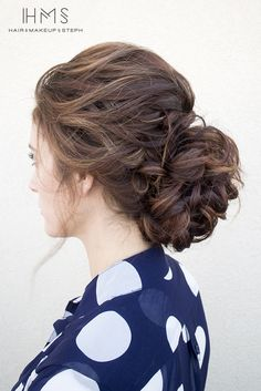 I like the looseness of the top and sides. Not crazy about the bun itself.