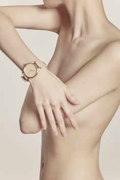 ibility is raising funds for IN ONE'S SKIN Watch Collection on Kickstarter! Watch collection In One's Skin, serves as a constant reminder of love. Human Poses Reference, Body Reference, Anatomy Reference, Body Art Photography, Portrait Photography, Art Model, Beautiful Hands, Human Body, Female Bodies