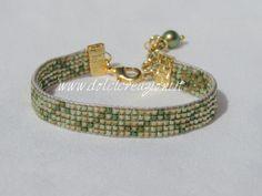 Bracciali realizzati a telaio - beadloom bracelets http://www.dolcicreazioni.it/dc/gioielli_cristallo.htm