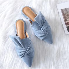 Spring Summer Women Slippers Flock Bowtie Sandals Shoe Pointed Toe Plus Size Source by mintrockco Shoes women Women's Shoes, Mules Shoes, Shoe Boots, Flat Shoes, Women's Flats, Fall Flats, Golf Shoes, Buy Shoes, Low Heel Sandals