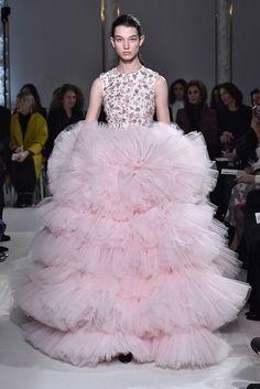 Giambattista Valli Spring 2017 Couture Collection - Fashion Unfiltered