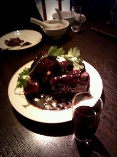 黒猫夜@六本木、これが有名な黒酢スブター!
