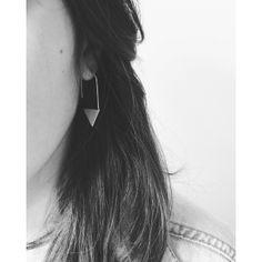 Boucle d'oreille imposante createur