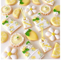Yellow cookies set Summer Cookies, Fancy Cookies, Cute Cookies, Lemon Cookies, Iced Cookies, Royal Icing Cookies, Lemon Party, Wedding Cookies, Birthday Cookies
