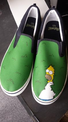30 Women Shoes For College - Shoes Styles & Design Painted Canvas Shoes, Custom Painted Shoes, Painted Sneakers, Hand Painted Shoes, Painted Vans, Custom Vans Shoes, Custom Sneakers, Vans Sneakers, Women's Shoes