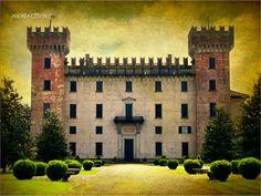 Castlebarco Castle by Andrea Costa, via 500px