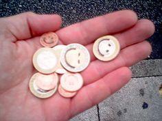 """""""Mais qu'est-ce que j'ai bien pu acheter cette semaine pour qu'il me reste si peu d'argent ?"""" Ça vous rappelle quelque chose ? Oui ? Alors il est temps de découvrir mes 3 conseils pour économiser de l'argent dès maintenant :  Découvrez l'astuce ici : http://www.comment-economiser.fr/economiser-de-l-argent.html?utm_content=buffer6272e&utm_medium=social&utm_source=pinterest.com&utm_campaign=buffer"""