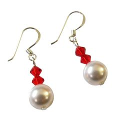 Price :$4.49 Find Unique Gifts of Swarovski Pearls Bridal Party Bridesmaid Jewelry Material : Genuine Swarovski 7mm White pearl with & 4mm Bicone Lite Siam Red crystals  Color : White / Red  Earrings Length : 3/4 inch Long