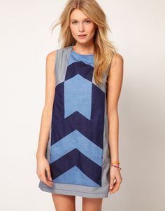 https://br.pinterest.com/source/pinterest.com/pin/338895940689488835    ASOS Denim Dress with Chevron Panel:
