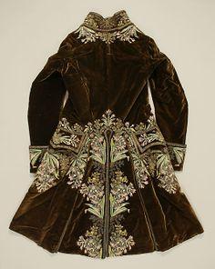 Court Suit    Date:      1750–75  Culture:      French  Medium:      silk, metal thread