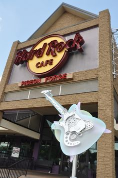 The Hard Rock Cafe in Pigeon Forge - Great music and delicious food!