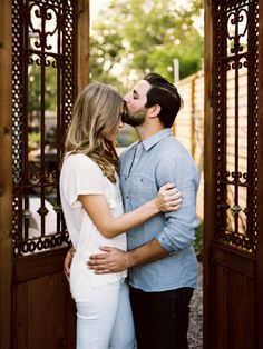 Texas home engagement shoot | Photo by Jessica Garmon | 100 Layer Cake