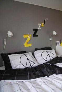 10 fotos de habitaciones juveniles para chicos grey for Decoracion low cost