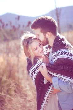 This would be such a cute engagement photo at SBC with your Pendleton blanket!