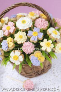 spring-flowers-cookie-bouquet.jpg 530×800 pixeles