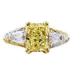 2.16ct Yellow Diamond Ring