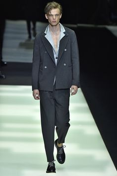Giorgio Armani Spring 2018 Menswear Collection - Fashion Unfiltered