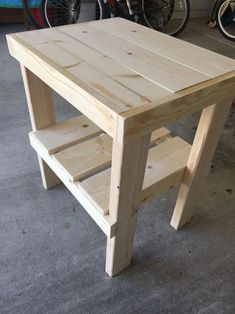 Fun DIY Wood Furniture Projects Advise - No-Fuss DIY Woodworking Advice - An Introduction - Maxwell's Projects Woodworking Projects Diy, Diy Pallet Projects, Woodworking Furniture, Furniture Projects, Diy Furniture, Woodworking Tools, Woodworking Workshop, Custom Woodworking, Woodworking Blueprints