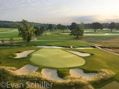 The most beautiful golf courses in the United States. Tillinghast, 1922 Architect Keith Foster began restoring t. Public Golf Courses, Best Golf Courses, Fantasy Golf, Fescue Grass, Location Chalet, Coeur D Alene Resort, Augusta Golf, Golf Magazine, Golf Course Reviews
