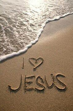36 Beautiful Pictures of Jesus Christ Jesus Loves You, God Loves Me, Love The Lord, Gods Love, Foto Online, La Sainte Bible, Jesus Christus, My Jesus, I Love Jesus
