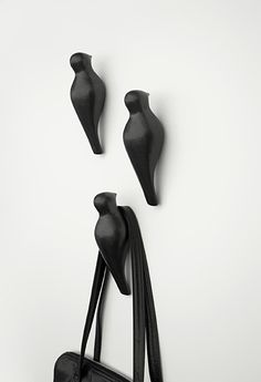 Love all things birds  Bird Hook (Designer: Jantze Brogård Asshoff)