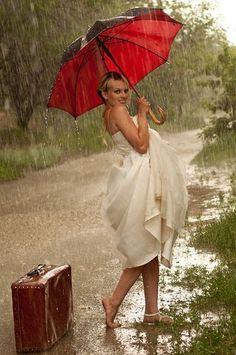 "Photo from album ""Сбежавшая невеста"" on Yandex. Umbrella Girl, Red Umbrella, Under My Umbrella, Walking In The Rain, Singing In The Rain, Umbrella Photography, I Love Rain, Under The Rain, Rainy Days"