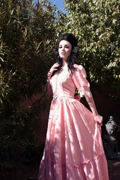 70s Gunne Sax Jessica McClintock Coral Pink Vintage Wedding Dress with Pearl and Lace Detail - Victorian, Hippie, Bohemian, Boho