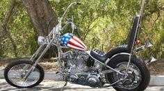 """Subastarán la motocicleta de Peter Fonda en """"Busco mi destino"""""""