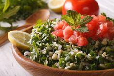 A tabouleh egy hagyományos arab étel, habár a Kaukázusban és a Balkánon is előszeretettel fogyasztják. Sőt, most már a nyugati világban is egyre népszerűbb, ami nem véletlen, hiszen nagyon finom, nagyon könnyen elkészíthető, és ráadásul izgalmas ízű és hűsítő saláta, a…