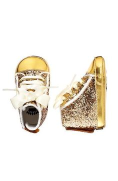 baby gold glitter sneakers from Juicy Couture Baby Girl Shoes, My Baby Girl, Baby Love, Girls Shoes, Little Babies, Cute Babies, Baby Kids, Baby Baby, Baby Girl Fashion