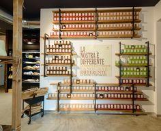 Borsari, Badia Polesine, Italy | retail | food | design | visual | Costagroup.net