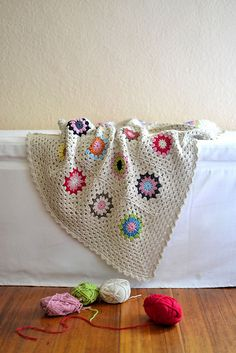 Ravelry: The Squircle Join As You Go Blanket pattern by dover & madden Crochet Stars, Love Crochet, Crochet Granny, Beautiful Crochet, Crochet Baby, Knit Crochet, Crochet Afghans, Crochet Blankets, Knitting Projects