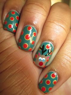 This Rudolph mani is so presh for the holidays!