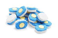 Come fare le pastiglie per la lavastoviglie - Non sprecare
