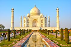 Top 5 Historical Monuments In #India - The #tourism industry of India is considered to be among the top 20 out of all the countries in the world. India is a historical country with a vast and deep rooted culture and has seen the reign of various ancient and #historical dynasties and kingdoms. #travel